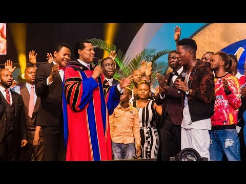 Download Moses Bliss Wins LIMA Awards Best Song of The Year 2020