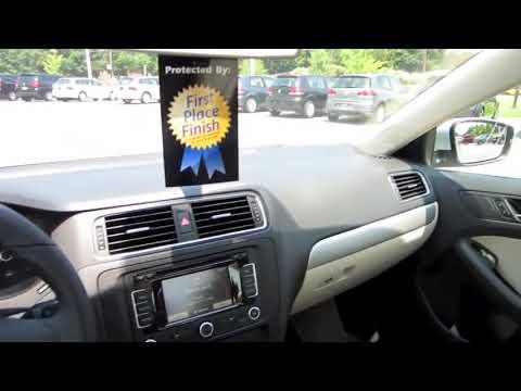 2011 Volkswagen Jetta SEL TDI Start Up, Engine, and In Depth Tour