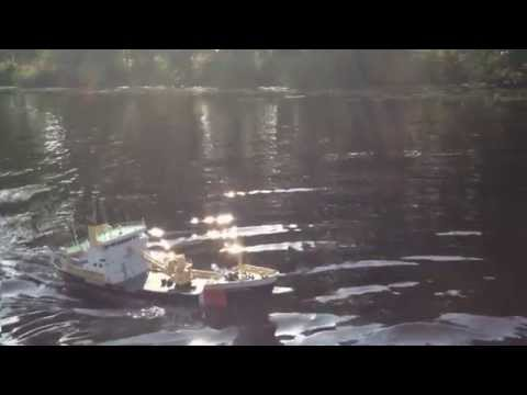 RC BREEVEERTIEN bouy-laying vessel 1:50