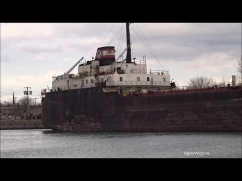 Ship ALGOMA MARINER passes new tanker barge/tug unit KIRBY 155-01 HEATH WOOD