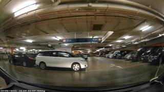 香港泊車好去處 - 東薈城南面停車場 (入)