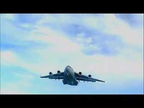 C-17 III Final Approach to Bermuda's International Airport