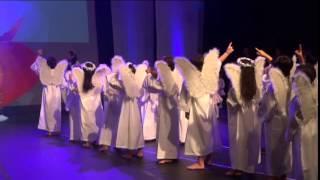 Coroação de Nossa Senhora 2015   1º ano A e B   oficial