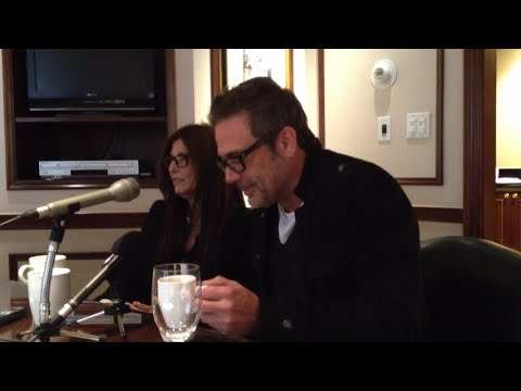 Catherine Keener & Jeffrey Dean Morgan Talk About Singing 'The Weight' by The Band