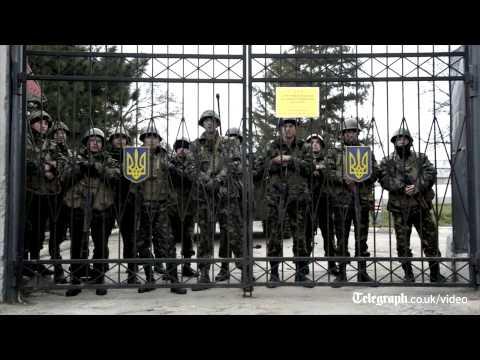 Uneasy standoff between Ukrainian and Russia troops in Crimea