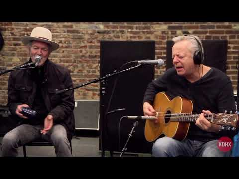 "Rodney Crowell & Tommy Emmanuel ""Looking Forward to the Past"" Live at KDHX 2/14/18"