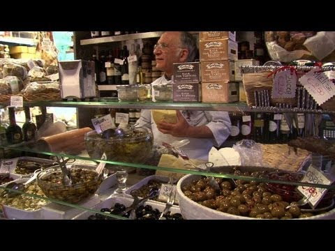 Gourmet food for soup kitchens amid Italy crisis