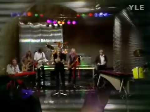 Hassisen Kone: Levottomat Jalat (live 1982)