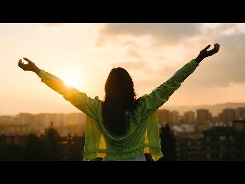 See the Manifest Glory of God! | Joshua Mills | Sid Roth's It's Supernatural!