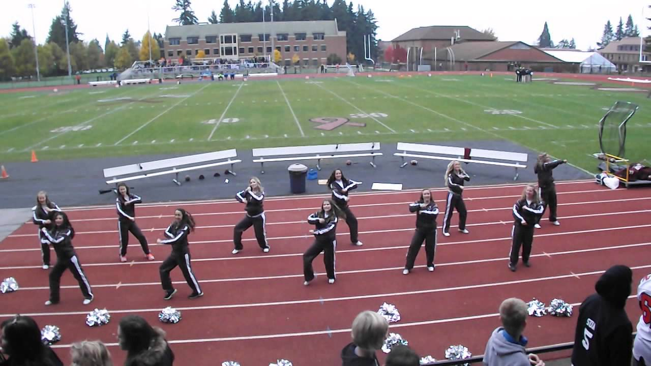 University of Puget Sound Homecoming Halftime Show - YouTube