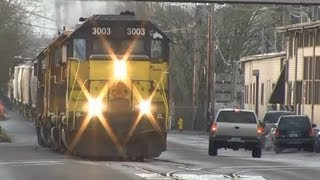 (HD) P&W Freight Train running down the Street