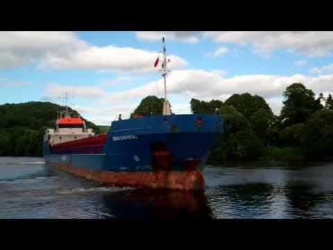 Eems Chrystal Cargo Ship Leaving Harbour River Tay Perth Perthshire Scotland