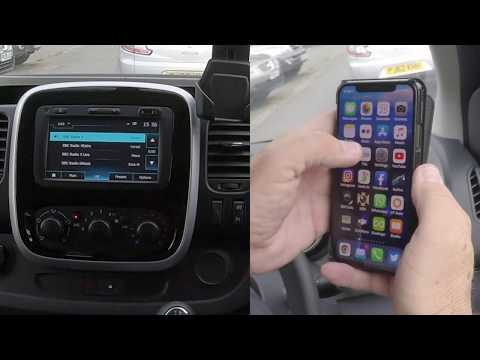 How to play music from a mobile through the bluetooth audio system in a 2019 Renault Trafic