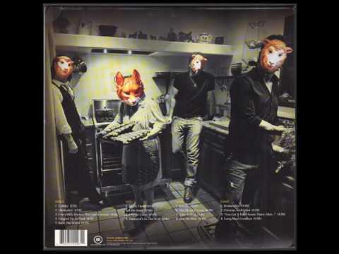 Queens Of The Stone Age - Lullabies to Paralyze (Rega P1 LP)