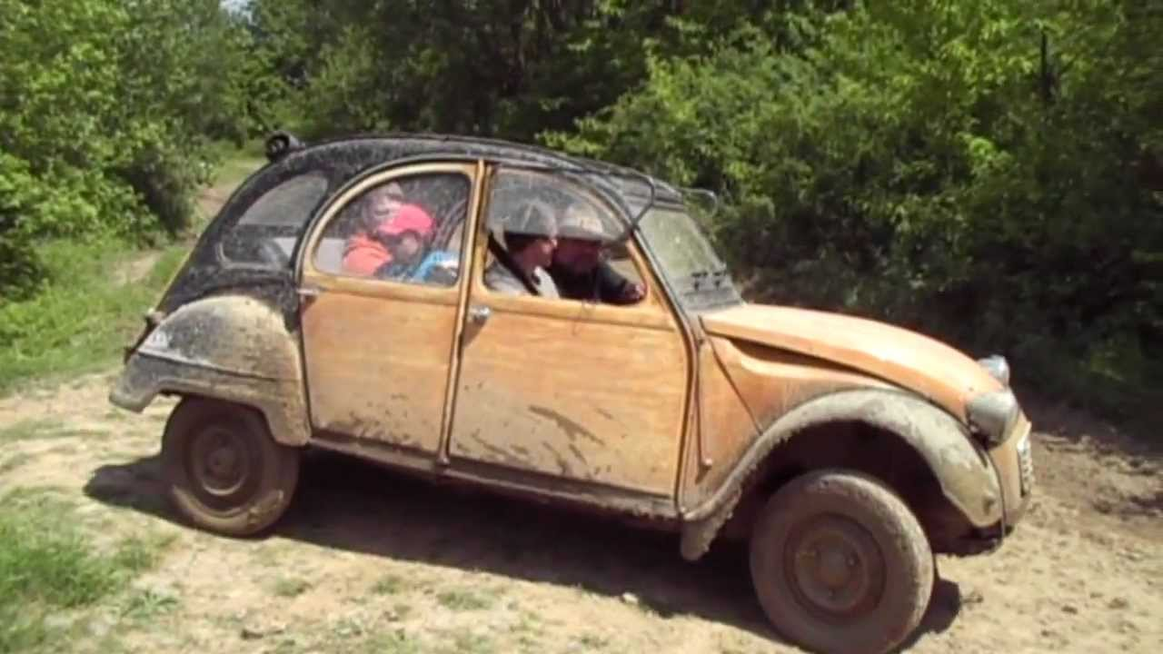 offroad ente citroen 2cv adventure youtube. Black Bedroom Furniture Sets. Home Design Ideas