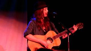 """Sara Bareilles- """"Basket Case"""" Live"""