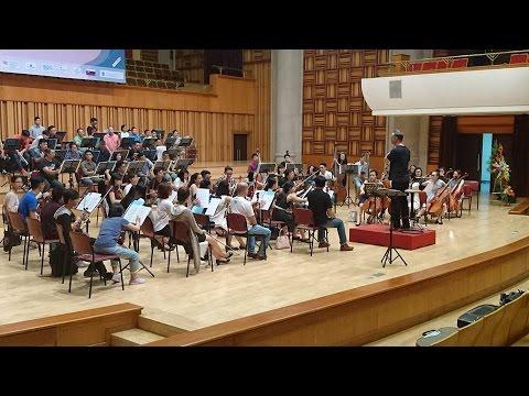 J Strauss - Polka Pizzicato / Hanoi Philharmonic - Shalev Ad-El