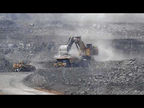 Caterpillar 793F deep pit coal mining Queensland style