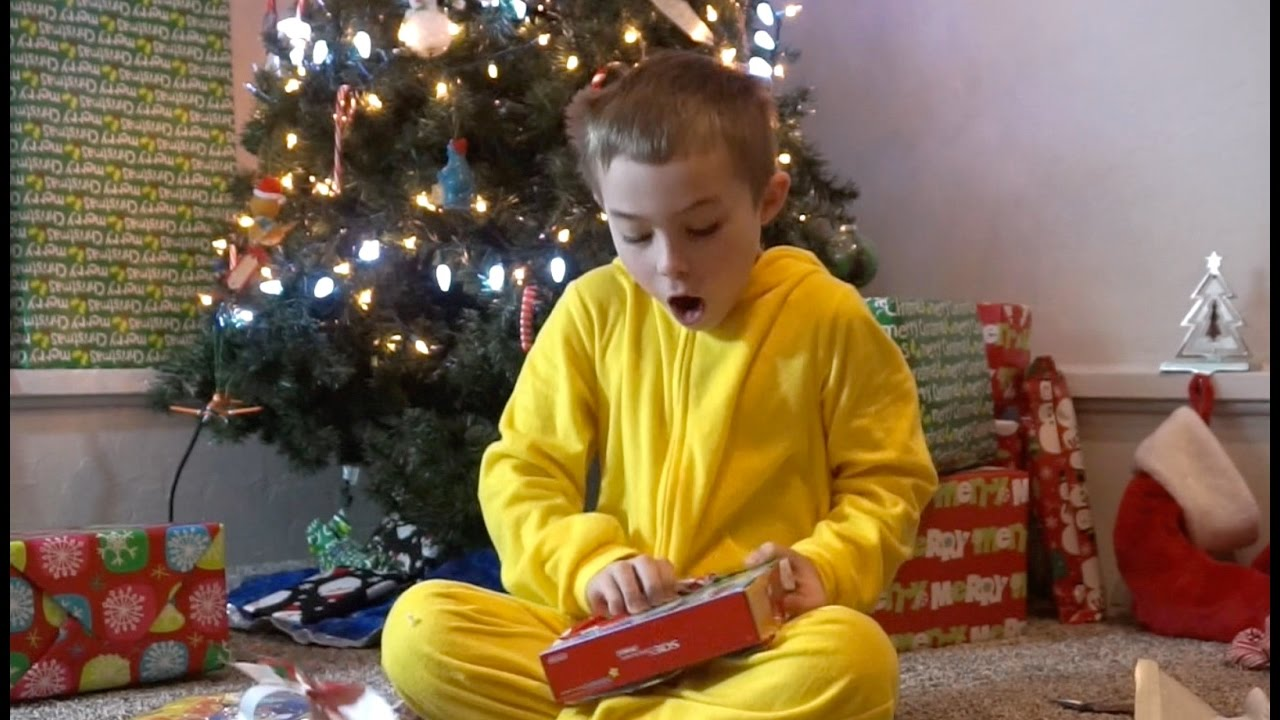 Christmas 2016 Part 2! Boys open some Imaginext and Nintendo 3ds ...