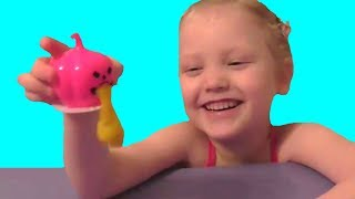 Покупной лизун - блевун со слизью.  Slime. Video for kids