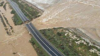 Maltempo in Sardegna, il ponte crollato ripreso dall'alto