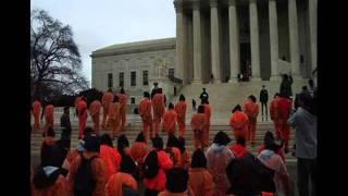 Arrestan en EU a 37 manifestantes por pedir cierre de Guantánamo