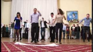 Ansamblul Moldovita Dansul Calusarii(Nunta Sergiu si Irina) .