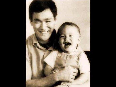 Неизвестные фотографии Брюса Ли из семейного архива. #brucelee