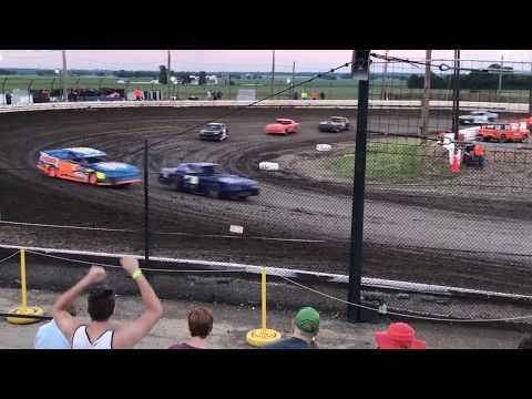 Sycamore Speedway Street stock (heat race #2) 6-25-17