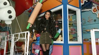 Behind the Scenes of the Macy's Thanksgiving Day Parade 2017