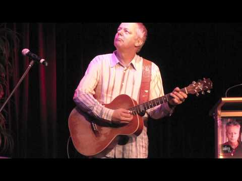 Tommy Emmanuel -  Classical Gas Live 2010 HD