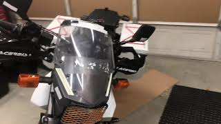 DR650 Panniers and racks