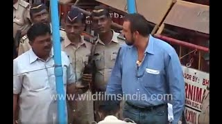 Sanjay Dutt surrenders in TADA Court, sent to Poona Jail
