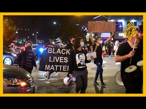 ???????? لويفيل الأميركية.. محتجون داخل أسوار كنيسة تفاديا لاعتقالهم لانتهاكهم حظر التجول
