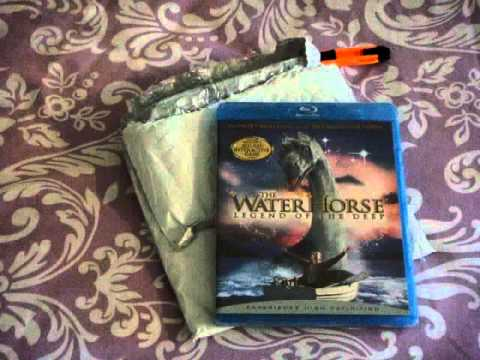 The Water Horse: Legends of the Deep Blu-ray Unpackaging and Review