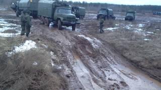 ЖЕСТЬ ЗИЛ 131 по грязи