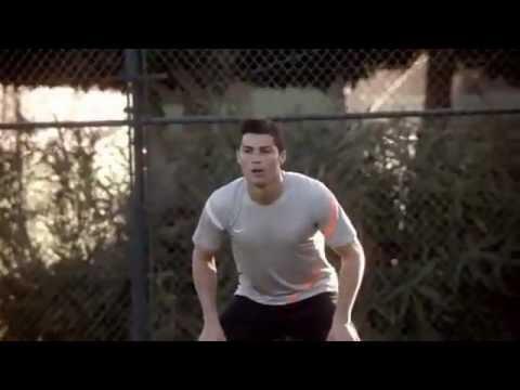 Ronaldo quảng cáo mẫu giày bóng đá mới nike mecurial vapor 8 - YouTube