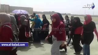 بالفيديو والصور.. اعتصام طلاب 'العلوم الطبية' بجامعة بني سويف لتغيير مسمى الكلية