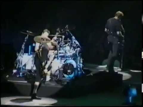 Metallica - Live at Halle Tony Garnier, Lyon, France (1996) [2nd Source]