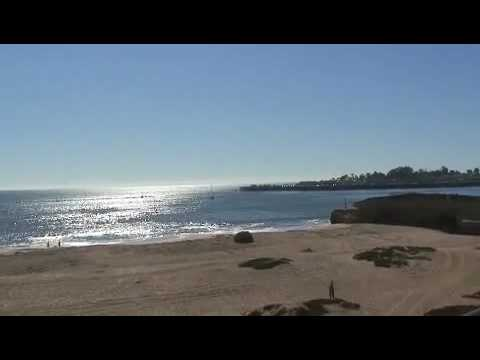 Santa Cruz, CA - G-Love song soft and sweet in background mp3