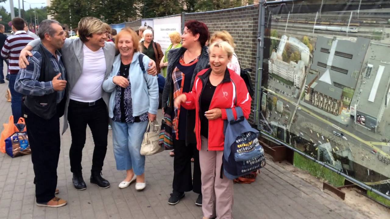 Русские нанайцы братаются с русскими литовцами