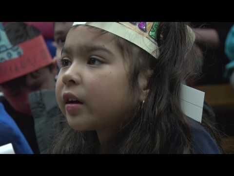 READ ACROSS AMERICA--Tyler Heights Elementary School students
