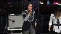 Siti Nurhaliza Falling In love During Countdown 2012