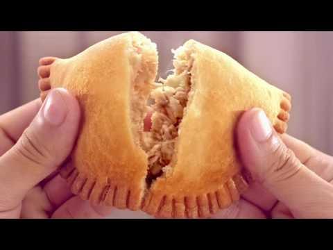 Red Ribbon Chicken Empanada