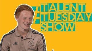 'Mijn vader stopte een penalty tegen Barcelona' | JULIUS DIRKSEN | TALENT TUESDAY SHOW #9