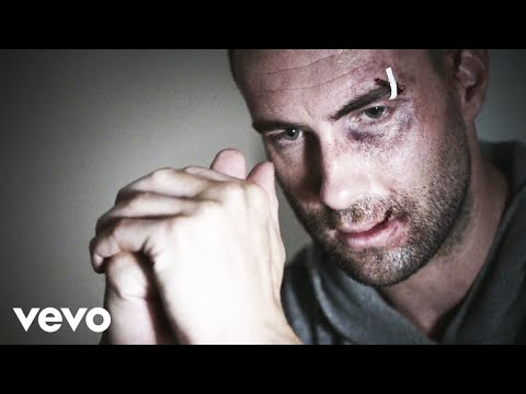 Maroon 5 - One More Night (Official Music Video)