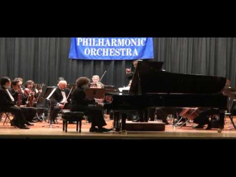 Michael Davidman - Tchaikovsky Piano Concerto No. 1; Allegro moderato - (Part 1 of 2) - 14 years old