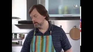 Фасолевый суп со свиной рулькой.