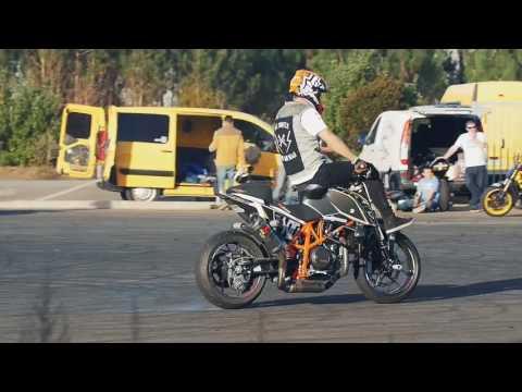 KTM Bike Raider Extreme Stunts