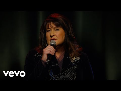 Laurika Rauch – Bly Nog So Bietjie (Live at Atterbury Theatre / 2015)